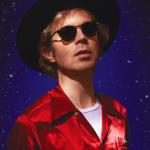 Beck og Two Door Cinema Club